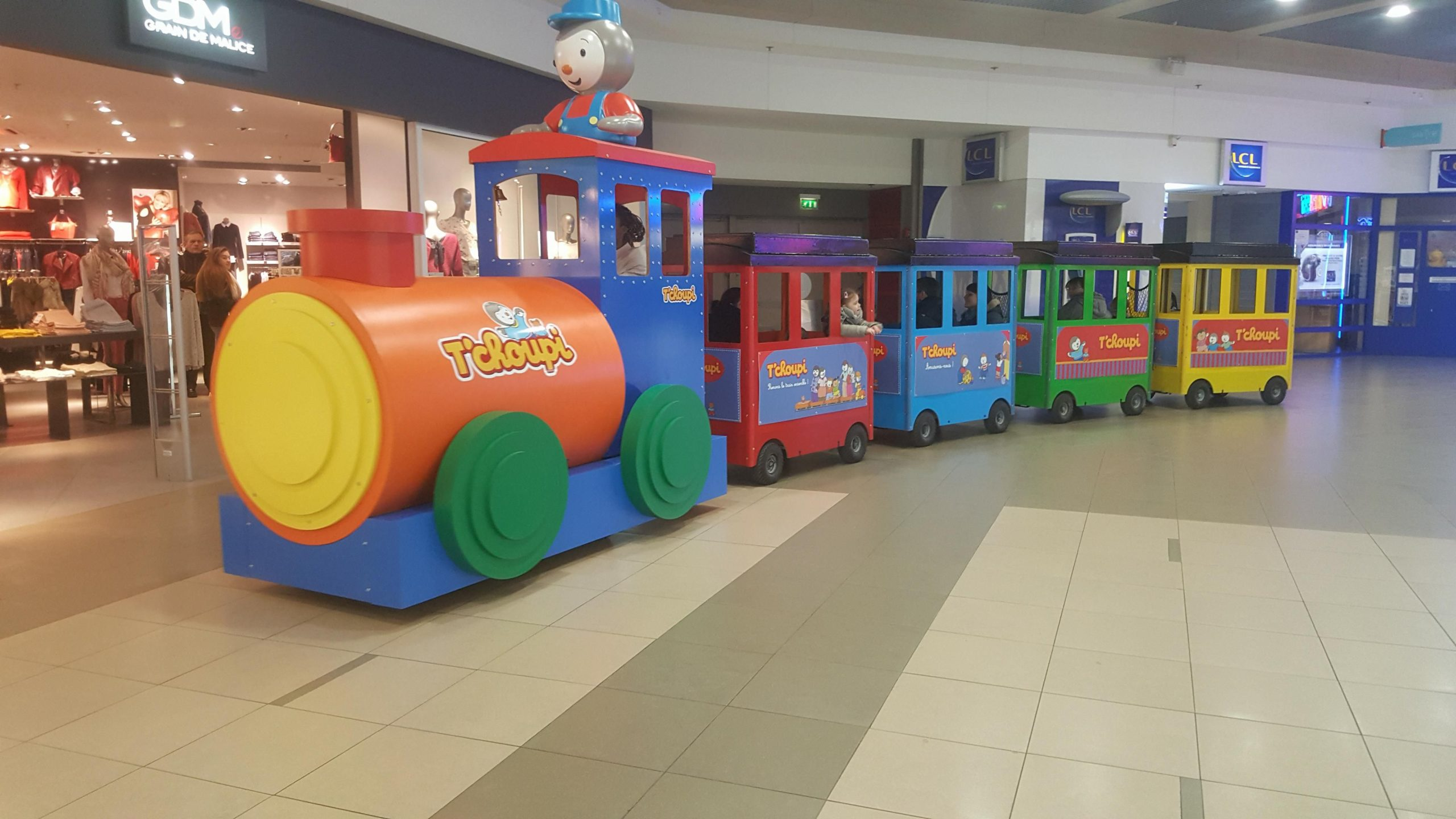 t'choupi train